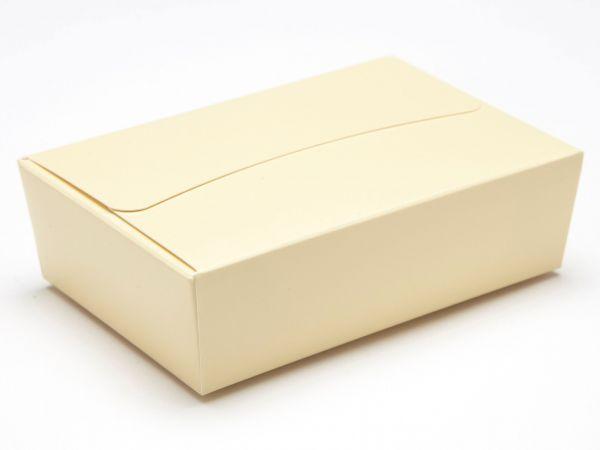 6 Choco Ballotin - Cream ( 100 x 66 x 31mm) x 25